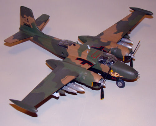 Italeri_1/72_B-26K