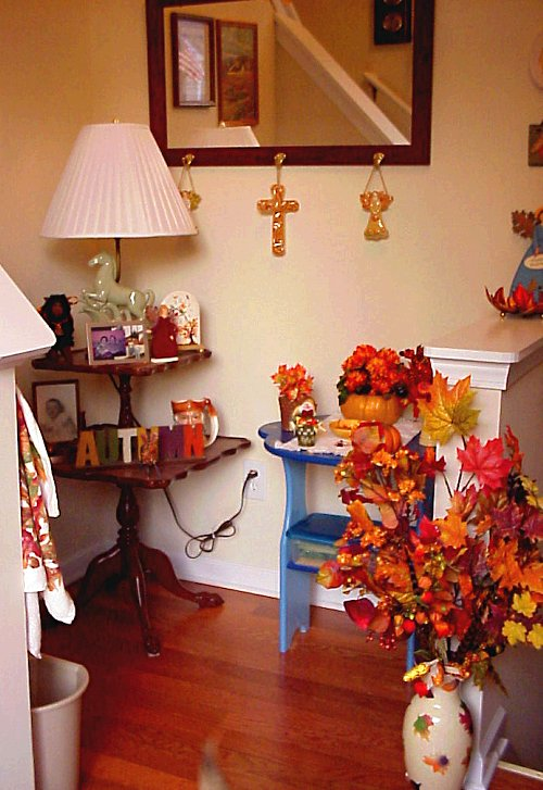 Autumn lower foyer
