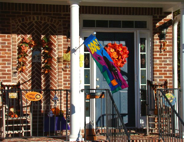 Front porch, Halloween style