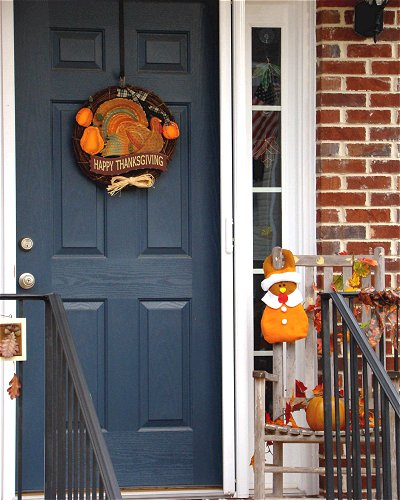 Door decked out for Thanksgiving