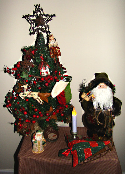 woodland/rustic tree and Santa display